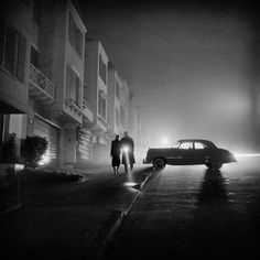 Black & White 40's Photography of San Francisco – by:  Fred Lyon