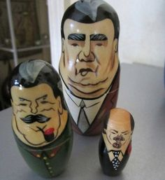 SOLD Vintage Russian Nesting Doll Set 5  by JewelsOfHighElegance, $30.00