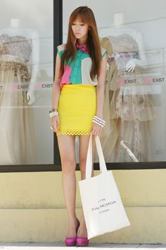 Color Blocking- pink, mint green, bright yellow