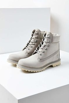 3774c2a93256fb UrbanOutfitters.com  Awesome stuff for you  amp  your space Timberland  Premium