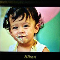 Lisa Maria Smash the cake session.. #straitfromcamera #preview #nikon #beautiful #baby #smashcake #1year #gorgeous #sobrilove #loveher #hortephoto