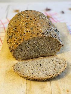 Pâine integrală cu semințe, rețetă simplă și rapidă – Chef Nicolaie Tomescu Pastry And Bakery, Banana Bread, Brunch, Food And Drink, Health, Desserts, Barley Recipes, Cooking Ideas, Breads