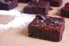 Nyammm: Céklás brownie Holiday Dinner, Winter Holiday, Nutella, Menu, Sweets, Baking, Food, Autumn, Kitchen