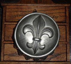tin mold - fleur-de-lis design