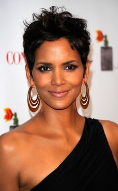 Halle Berry Very Short Haircuts 20 Best Halle Berry Pixie Cuts Of 98 Best Halle Berry Very Short Haircuts Halle Berry Haircut, Halle Berry Pixie, Halle Berry Hairstyles, Hairstyles Over 50, Halle Berry Style, Afro Hairstyles, Hairdos, Edgy Short Hair, Short Hair Cuts For Women