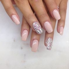 Love this color and the glitter on the ring finger