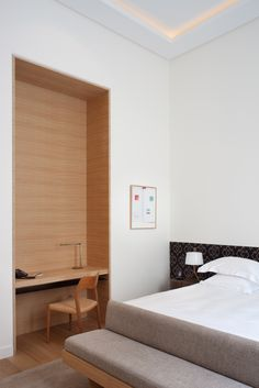 Chambre / Room at Hotel Marignan Paris