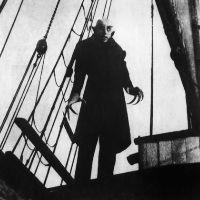 """Dal 23 novembre 2012 al 24 marzo 2013 la Triennale di Milano presenta la mostra dedicata a una delle leggende antiche più articolate e suggestive: """"Dracula e il mito dei vampiri""""."""