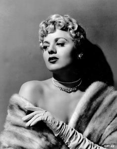 ~* Shelly Winters *~