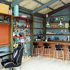 Workshop Layout, Workshop Design, Garage Workshop, Man Cave Garage, Garage Bar, Diy Corner Shelf, Cave Bar, Coffee Stands, Garage Interior