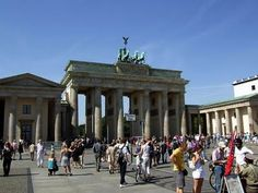The Brandenburger Gate is the only remaining city gate in Berlin. It was commissioned by King Friedrich Wilhelm II and constructed by Karl Gotthard Langhans from 1788 to 1791. The Gate has 12 Doric columns, six on both sides, dividing the gate into five passageways.