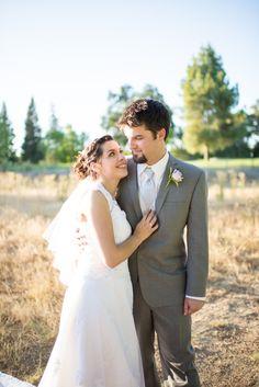 Sacramento Wedding   Country Club Wedding   Yuba City CA   Wedding Ideas www.rachelhowdenp... #bayareaphotographer #bayareweddingtphotographer #sacramentoweddingphotograper #rachelhowdenphotography