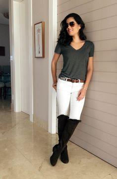 Mariah Bernardes Óculos: Dolce & Gabbana Camiseta: Lemon Basics Cinto: Forever 21 Jeans: Frame