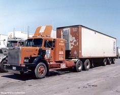 ✿✿Brazeau Transport Western Star, axle back. Semi Trucks, Big Trucks, Low Deck, All European Countries, Truck Transport, White Truck, Peterbilt Trucks, Tow Truck, Vintage Trucks