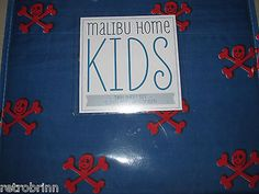 3 PC Twin Sheet Set Skulls Blue Red Pirates Crossbones Kids Fun  - BUY NOW ONLY 19.13