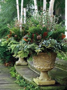Outstanding 35+ Foremost Fall Container Gardening Ideas https://decoredo.com/9748-35-foremost-fall-container-gardening-ideas/