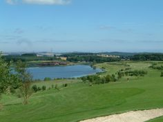 Piperdam golf course is a pleasant parkland course with views across to the Grampian hills and south as far as St Andrews Bay. From the 6th tee, the highest point on the course, you can see down the River Tay.