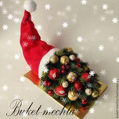 Christmas Topiary, Gold Christmas, Diy Christmas Gifts, Christmas Projects, Christmas 2019, Christmas Wreaths, Christmas Decorations, Xmas, Christmas Ornaments