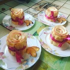 Charlotte à la vanille et insert nectarine fait par ma pâtissière 👩🏻🍳❤️ Insert, Charlotte, Vanilla