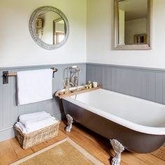 Bath BridgeDifferent Bathroom Wall D cor Ideas   Mirror tiles  Mirror  . Roll Top Bath Waste Problems. Home Design Ideas