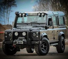 Land Rover Defender 110 Td4 Sw TWISTED. So nice.