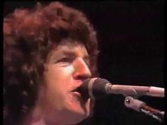 REO Speedwagon - Time For Me To Fly (Live @ Midnight Special 1980) HQ - YouTube