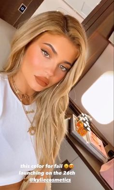 Kylie Jenner Daily, Kylie Jenner Pictures, Kyle Jenner, Kylie Jenner Outfits, Kylie Baby, Kendall And Kylie, Jenner Hair, World Most Beautiful Woman, Beautiful Ladies