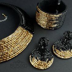 Big beads chunky earrings by BusikoUA on Etsy Bead Jewellery, Wire Jewelry, Beaded Jewelry, Handmade Jewelry, Gold Jewelry, Gothic Jewelry, Beaded Earrings Patterns, Bullet Jewelry, Stone Jewelry
