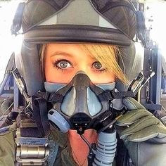 Female Pilot in Mask Female Fighter, Fighter Pilot, Fighter Jets, Female Pilot, Female Soldier, Pilot Training, Fear Of Flying, Military Women, Military Female