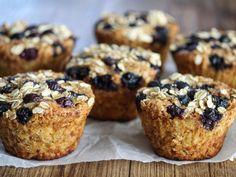 Grove lunsjmuffins til matpakke og tur | Godt.no Bread Rolls, Muffins, Cooking Recipes, Baking, Cookies, Breakfast, Food, Crack Crackers, Morning Coffee
