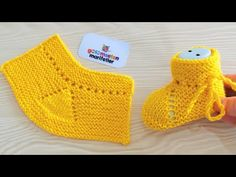 New design baby knit booties-socks models Months old babies booties - knitting for babies Baby Booties Knitting Pattern, Knit Baby Shoes, Booties Crochet, Crochet Baby Booties, Baby Knitting Patterns, Knitting Designs, Knitting Socks, Baby Slippers, Knitting For Kids