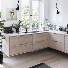 Serious kitchen envy 💕via @homestylemag