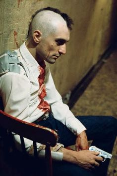 Robert De Niro in Taxi Driver directed by Martin Scorsese, Photo by Steve Schapiro Martin Scorsese, Great Films, Good Movies, Film Movie, Taxi Driver 1976, Photo Rock, Films Cinema, Fritz Lang, I Love Cinema