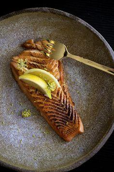 Sous vide honey-blazed salmon recipe by Monica Lo - Sous Vide Fish Recipe, Sous Vide Salmon Recipes, Healthy Salmon Recipes, Fish Recipes, Seafood Recipes, Great Recipes, Favorite Recipes, Nordic Recipe, Honey Salmon