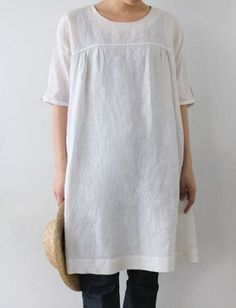 A little sewing inspiration as I sit down this week to make myself a few linen tunics and possibly a dress. Nothing I make will look as cut...