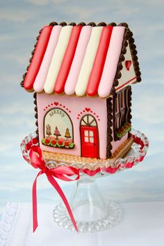 Gingerbread House Ideas For Add Christmas Decor Christmas Gingerbread House, Christmas Treats, Gingerbread Cookies, Christmas Cookies, Christmas Decorations, Gingerbread Village, Pictures Of Gingerbread Houses, Christmas Holiday, Italian Christmas