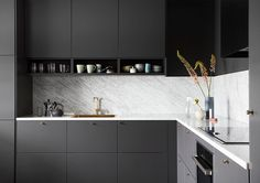 Kitchen Colors: 60 Ideas, Tips and Combinations - Home Fashion Trend Kitchen Furniture, Kitchen Dining, Kitchen Decor, Kitchen Cabinets, Interior Design Kitchen, Interior Design Living Room, Kitchen Colour Combination, Sober Living, Kitchen Colors
