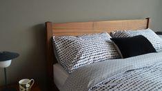 Lines-and-Dots-Reversible-Duvet Monochrome Bedroom, Bedroom Black, Double Duvet Set, Dash And Dot, Bed Company, King Size Duvet, Contemporary Bedroom, Duvet Sets, Duvet Covers