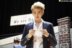 We are ONE, We are EXO | EXO LINE UPDATE – NAVAR STARCHAT - Kris