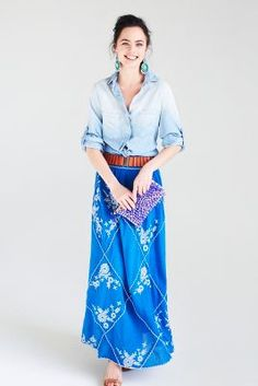 Love this look. Slim maxi and belt make it appropriate for work, too.