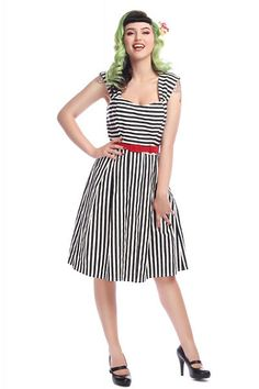 Jill Striped Swing Dress Collectif Mainline Clothes Dresses, Picnic in the Park @ Collectif and Vintage Style Clothing and Rockabilly Collection Rockabilly, Vintage Style Outfits, Vintage Fashion, Swing Rock, Pretty Summer Dresses, Dress Outfits, Fashion Outfits, Red Accessories, 1940s Dresses