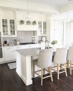 Modern Kitchen Cabinets - CLICK THE PICTURE for Many Kitchen Ideas. #kitchencabinets #kitchenstorage