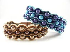 Stunning bracelet pattern by Jo Barclay Loggie showing you how to create a prism bracelet or necklace using Miyuki Bugle Beads and Seed Beads. Soutache Bracelet, Soutache Jewelry, Beaded Jewelry, Beaded Bracelets, Chevron Friendship Bracelets, Friendship Bracelets Tutorial, Bracelet Tutorial, Soutache Tutorial, Macrame Tutorial