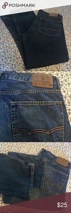 Men's American Eagle Jeans Men's American Eagle Jeans - Relaxed Straight- Size 34x32 - No Rips/No Stains Jeans