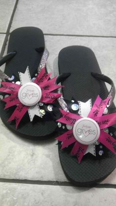 Thirty-One Hippty Flip Flops. $18.00, via Etsy. @Amy Lyons Lyons Lyons Nicely these look like you!