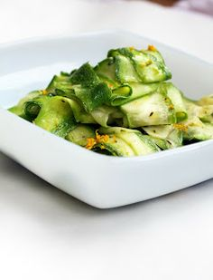 shaved zucchini: 4 medium zucchini (about 4 C), 2 garlic cloves, 2Tbs olive oil, 1/2 tsp thyme, zest from 1 lemon, juice of 1/2 lemon, salt and pepper to taste.
