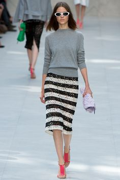 10 best Burberry images on Pinterest   Fashion show, Burberry ... edf99598b78