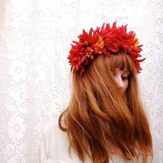 26 Flower Crowns That Are Perfect For Your Fall Wedding - BuzzFeed Mobile