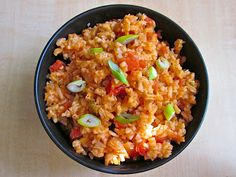 easy Spanish rice   1 tsp (1 cube) chicken bullion $0.09   1 can diced tomatoes w/chilies $1.14   1 can tomato sauce $0.29   1 Tbsp chopped g...