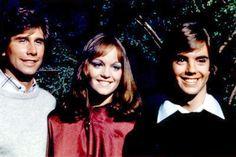 Pamela Sue Martin as Nancy Drew with Parker Stevenson and Shaun Cassidy as the Hardy Boys, 1977.
